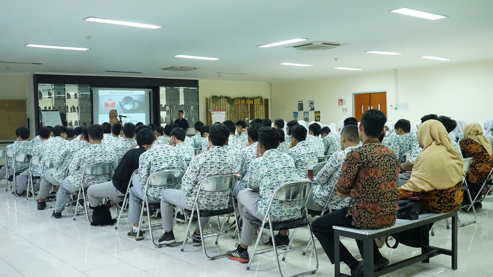 Kunjungan Industri SMA Al Muslim 2