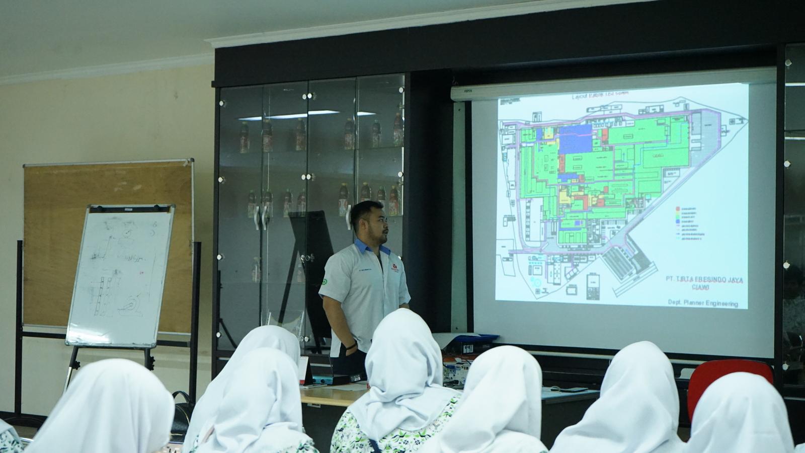 Kunjungan Industri SMA Al Muslim 5