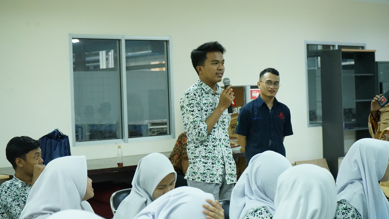 Kunjungan Industri SMA Al Muslim 12