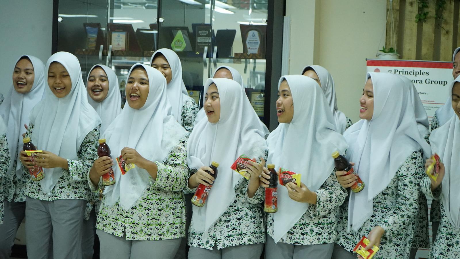 Kunjungan Industri SMA Al Muslim 14