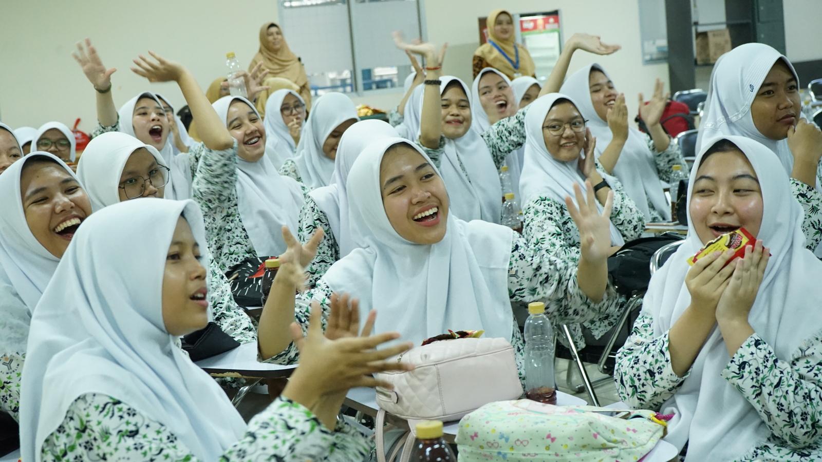 Kunjungan Industri SMA Al Muslim 15