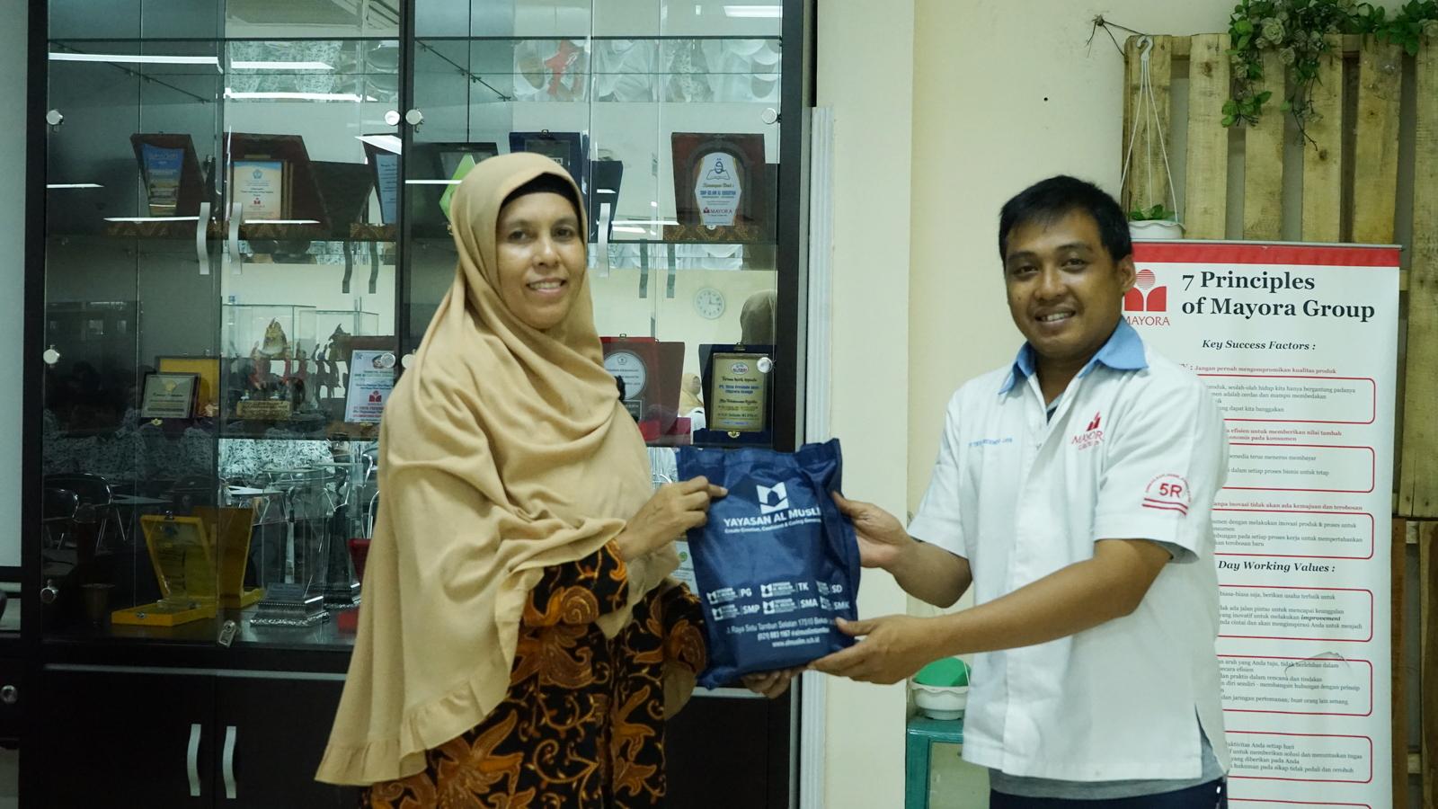Kunjungan Industri SMA Al Muslim 18