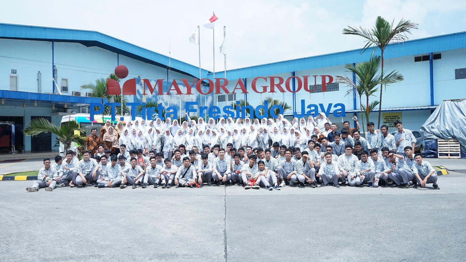 Kunjungan Industri SMA Al Muslim 19