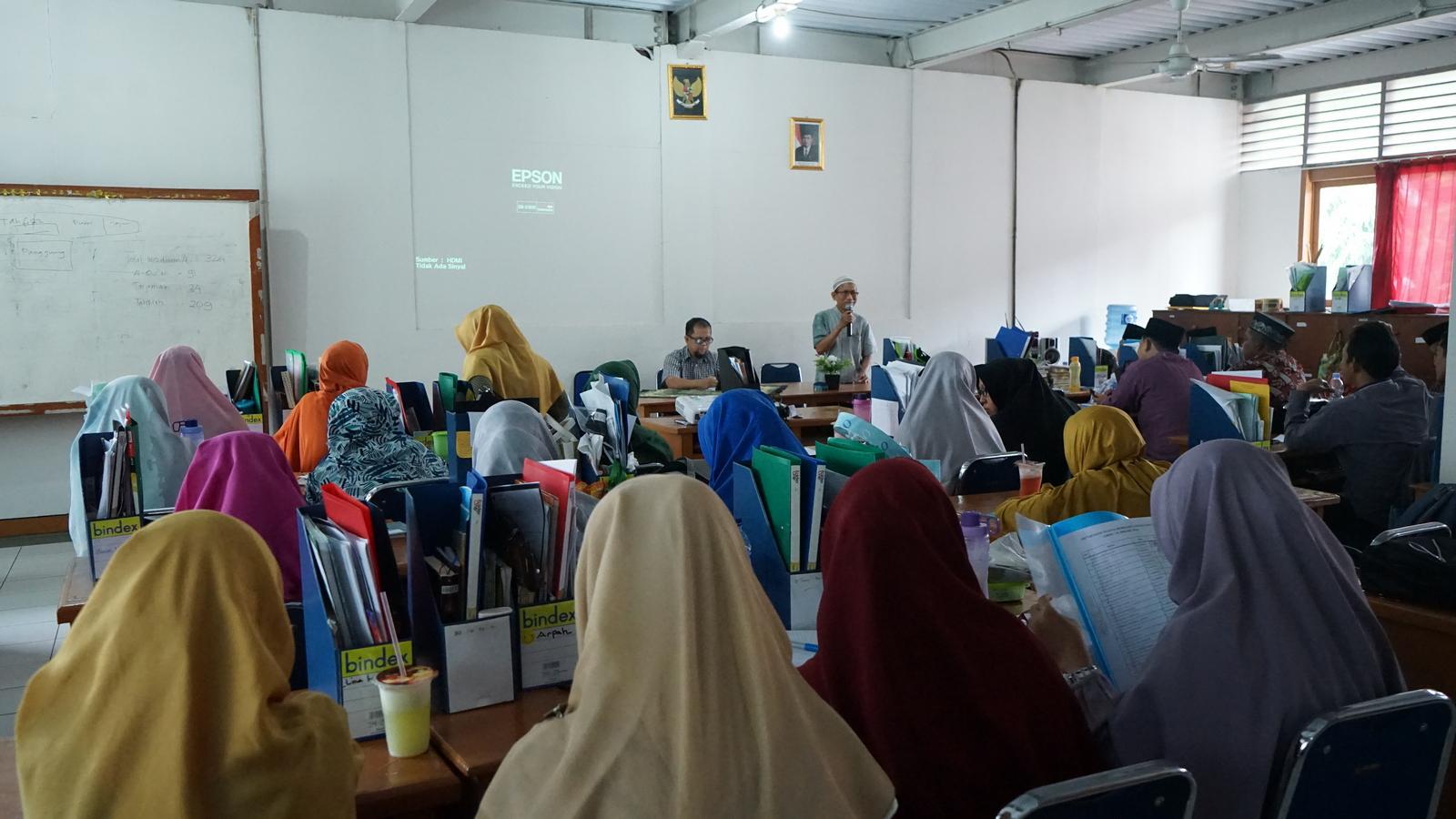 Literasi Digital untuk Guru Tilawati 3