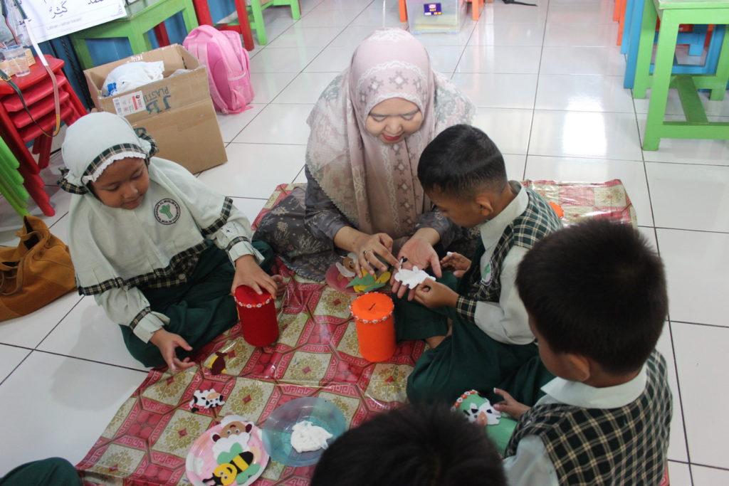Parents Teaching Day PG-TK Al Muslim (9)