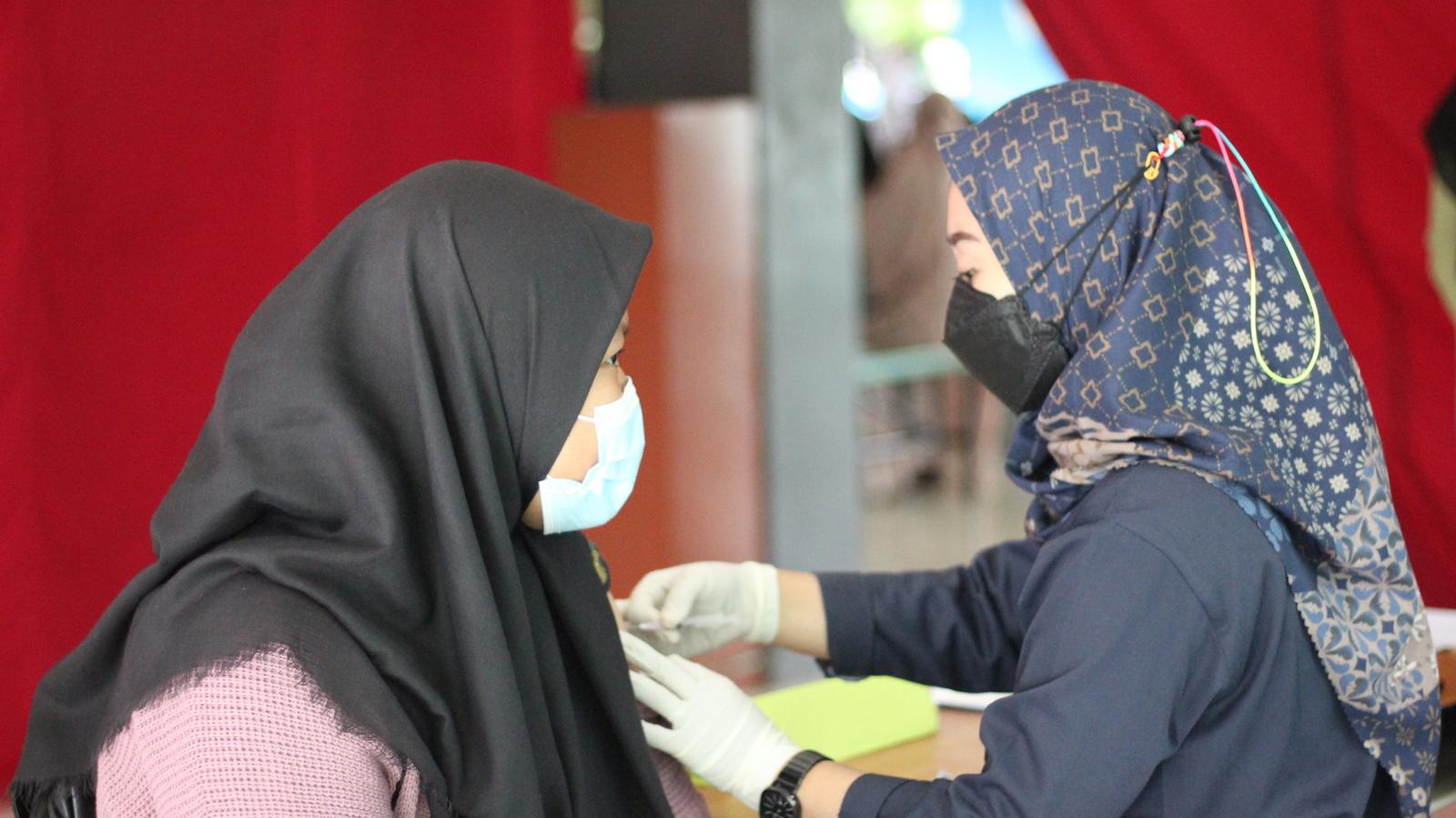 Vaksinasi Covid-19 di Al Muslim